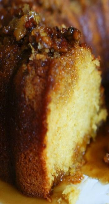 Christmas Rum Pudding Cake with Butter Rum Glaze from the Pioneer Woman