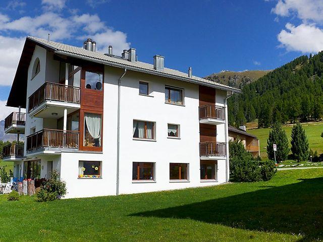 Chesa Vadret - Holiday Rentals / Chalet Rentals / Apartment For Rent in Pontresina, Switzerland - My Chalet Finder