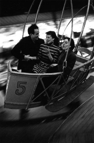Robert Doisneau - Amusement Park ride, 1953