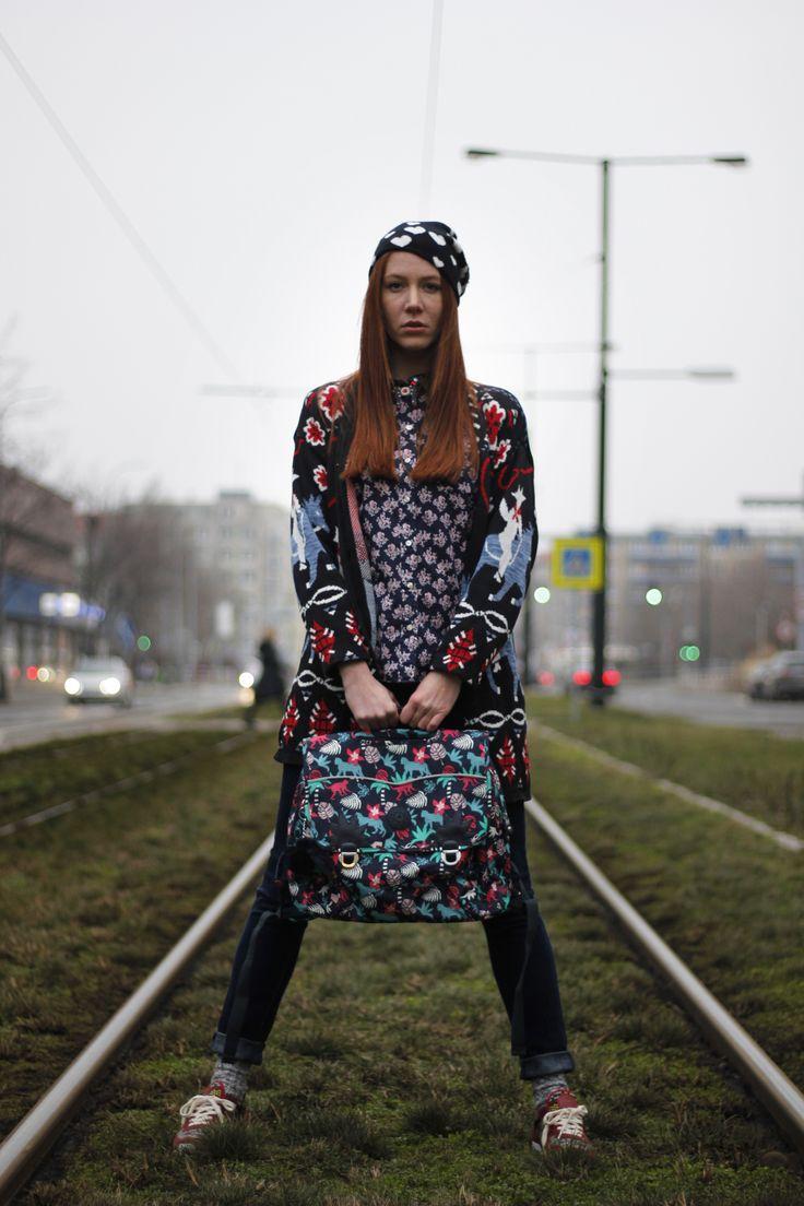 Blouse/Uniquolo Sweater/BuffaloExchange Jeans/Madewell Hat/F&F Sneakers/Inkas Bag/Kipling