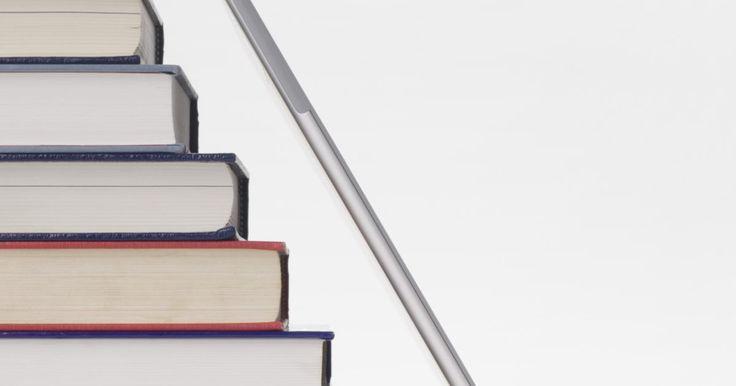 Como editar livros com o InDesign. Adobe InDesign é um pacote de software de editoração que pode ser uma ferramenta útil para escrever um livro. O programa permite planejar livros, adicionar e editar textos e formatar capas e páginas. O InDesign é uma poderosa ferramenta de gerenciamento de documentos e de texto longos e complexos, sem o risco de perder todos os dados, caso o ...