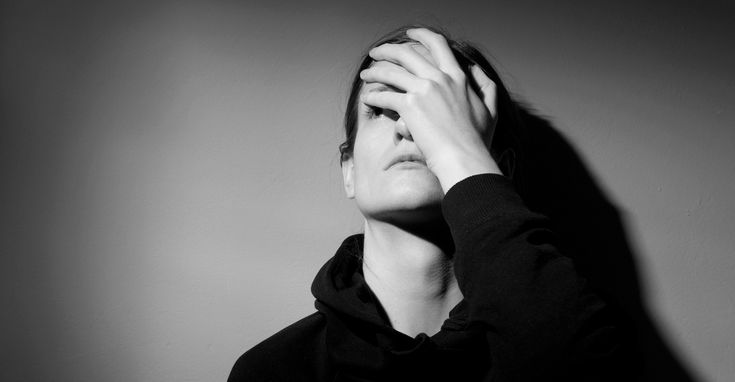 Viuvez: a dor da perda recheada de egoísmo alheio • Lógica Feminina