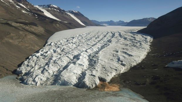 Antarctic, Greenland melt will really mess up Canadian weather, study finds | CB…