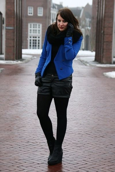 Blue-vero-moda-blazer-black-bershka-shorts-black-monki-wedges_400 - Love the colours, leather and scarf!  Use fur?