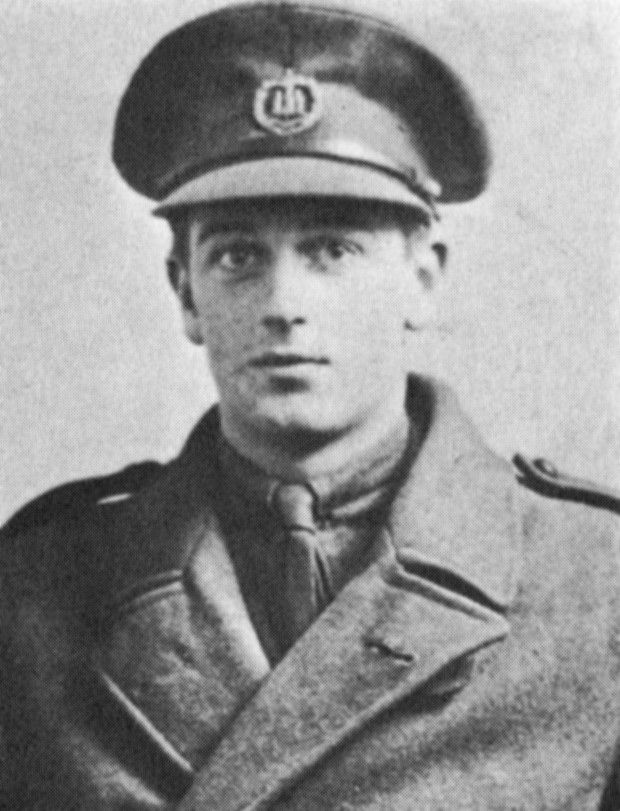 Basil Rathbone, Master of Stage and Screen: The Great War