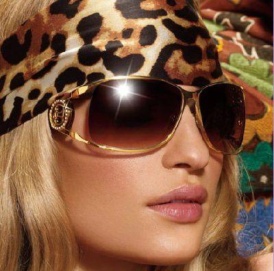 3.fashionable-sunglasses