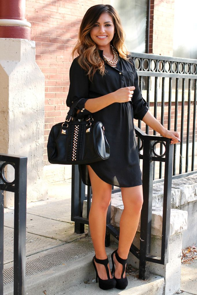First Date Dress. Cute but needs a belt and a little short. I like the silky material and shoes. Her hair looks great too!