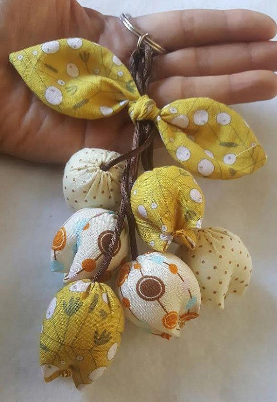 Handmade Keychain Tulip Keychain key fob flower by QuiltNCrochet