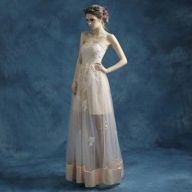 Robe de soirée cérémonie pour mariage pas cher longue à bustier coeur en dentelle jupe transparente en tulle champagne