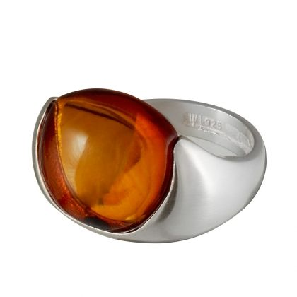 Handmade in Helsinki / Lapponia Jewelry / Comment Ring / Design: Poul Havgaard