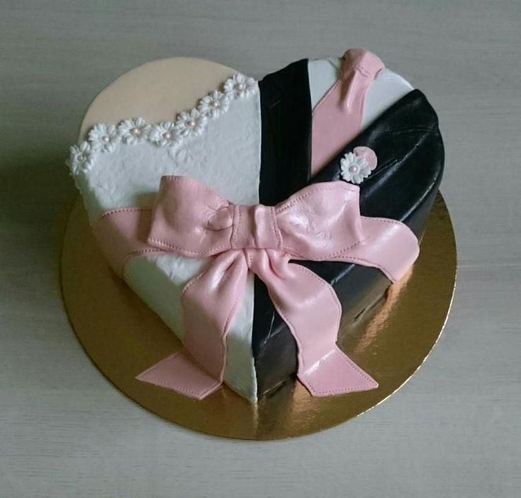 Wedding cake by AndyCake - http://cakesdecor.com/cakes/297733-wedding-cake