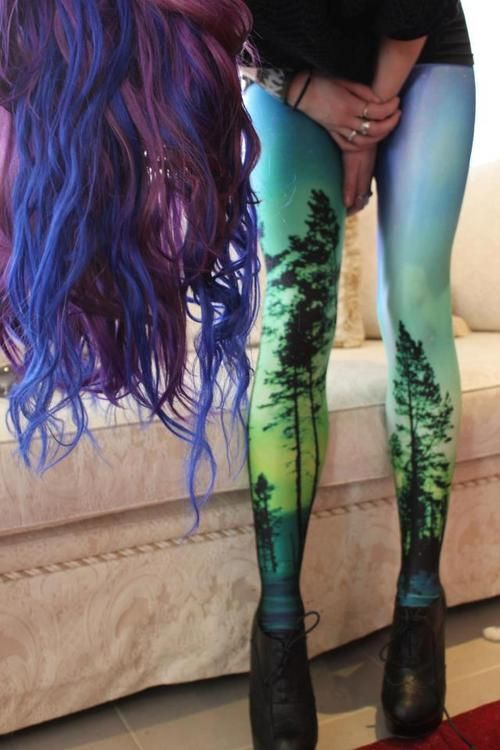 Omg!!! For some reason I absolutely love those tights!!! black mail :) love u em!