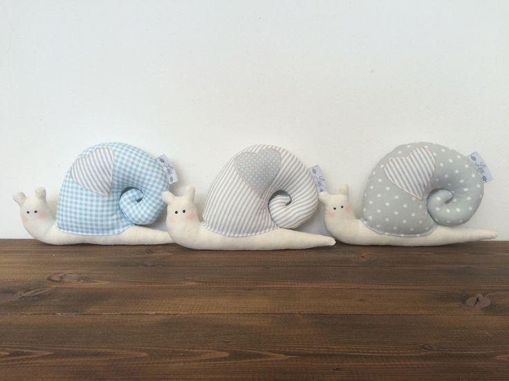 textilný slimák - dekorácia alebo ihelník