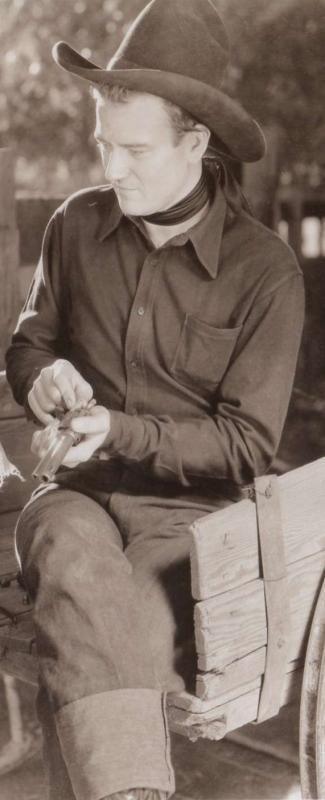 John Wayne A l'Ouest des montagnes / L'honneur retrouvé (West of the divide) 1934                                                                                                                                                                                 Plus