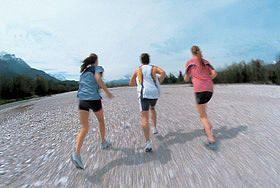 Der Plan für Freizeitläufer: Der Plan für Freizeitläufer mit dem Zeitziel: 2:15–2:00 h (4 x Training/Woche)