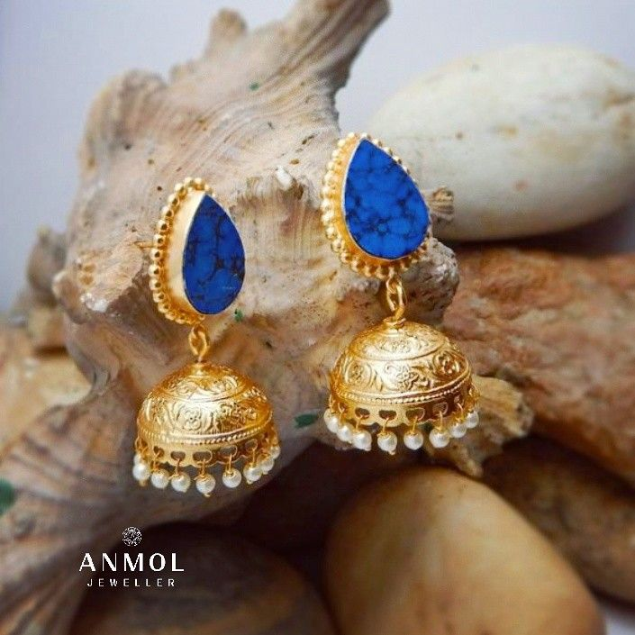 Traditional Jhumki fuse with stone work.. #anmol_jeweller  #gold #jewelery #traditional #jhumki #earing #trending #trendy #latest #fashion #beautiful #lavish #royal #tops  #designer #artwork #wearable #ootd #jeweloftheday  For queries call or watsapp: 9910401704.  To place order mail us at:Anmol.jeweller01@gmail.com