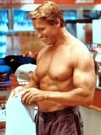 "Arnold in ""Twins"" | herculean men of yesteryear"