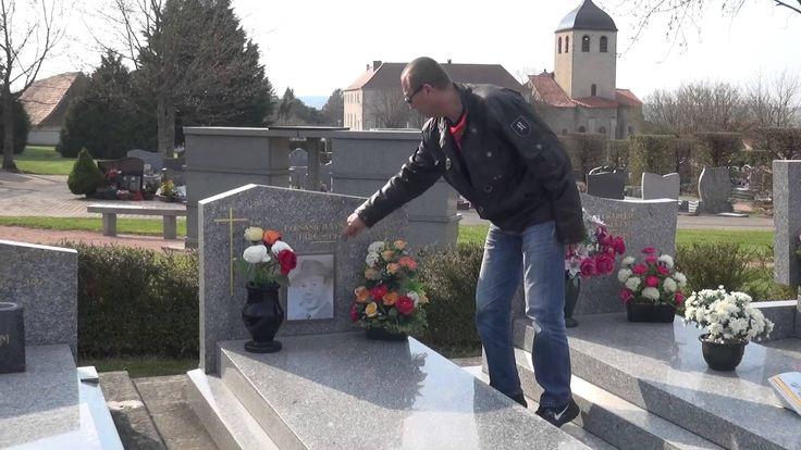 Tombe De Fernand Raynaud - Des Fleurs Pour Ne Pas L'Oublier - Mars 2014