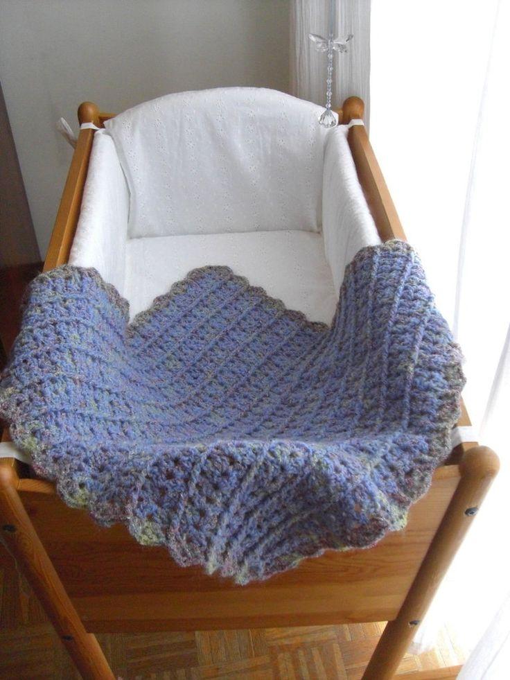 copertina lilla in lana melange di LecoccoledinonnaAdy su Etsy