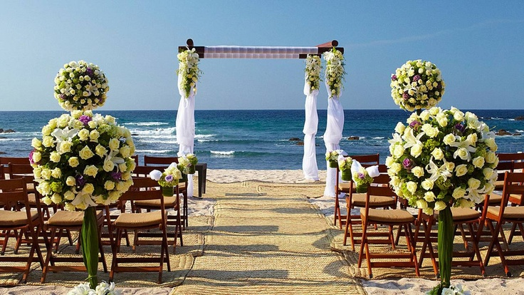 Romance. Relax and let the wedding specialists plan for your perfect day. @Four Seasons Resort Punta Mita, Mexico