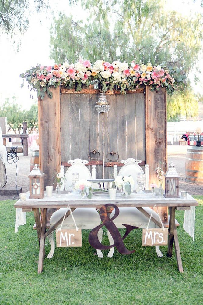 30 Rustic Old Door Wedding Decoration Ideas Future Wedding