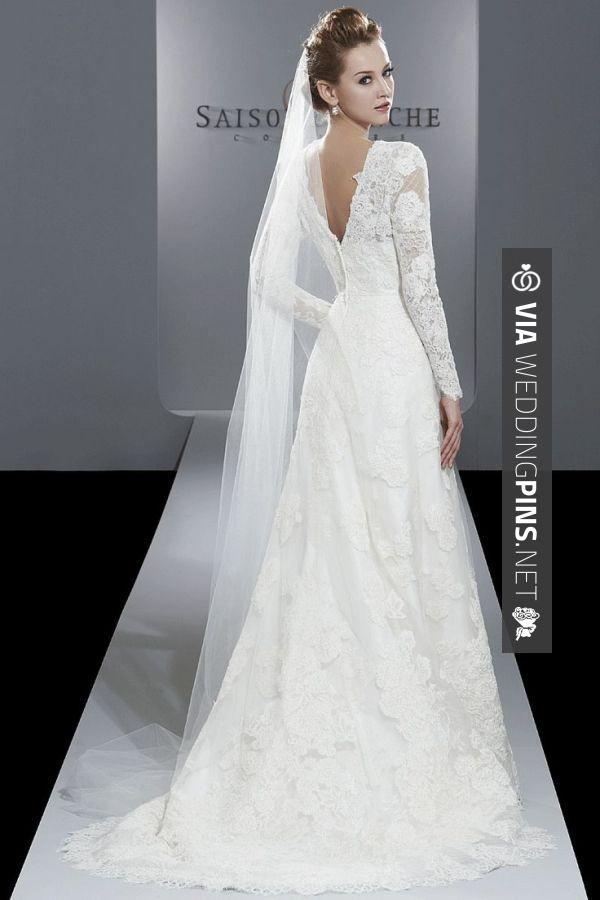 Popular Saison Blanche Couture lace sleeve wedding dress winter bride need more poof