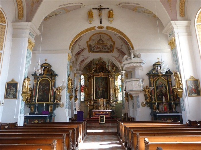 Katholische Pfarrkirche Mariä Himmelfahrt - Schnaitsee, Lk Traunstein, Bayern, Germany