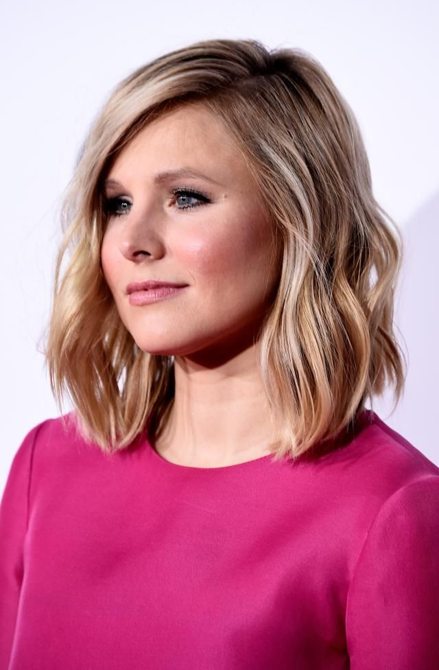 "Why the Lob Haircut Reigns as the ""It"" Haircut: Kristen Bell's Lob Haircut"
