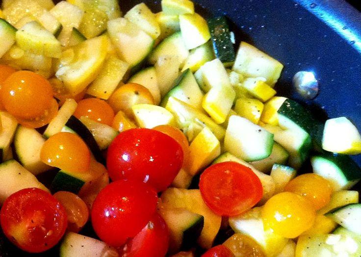 How should I saute the vegetables for fewer calories - Πως πρέπει να σωτάρουμε τα λαχανικά για λιγότερες θερμίδες | Smile Greek