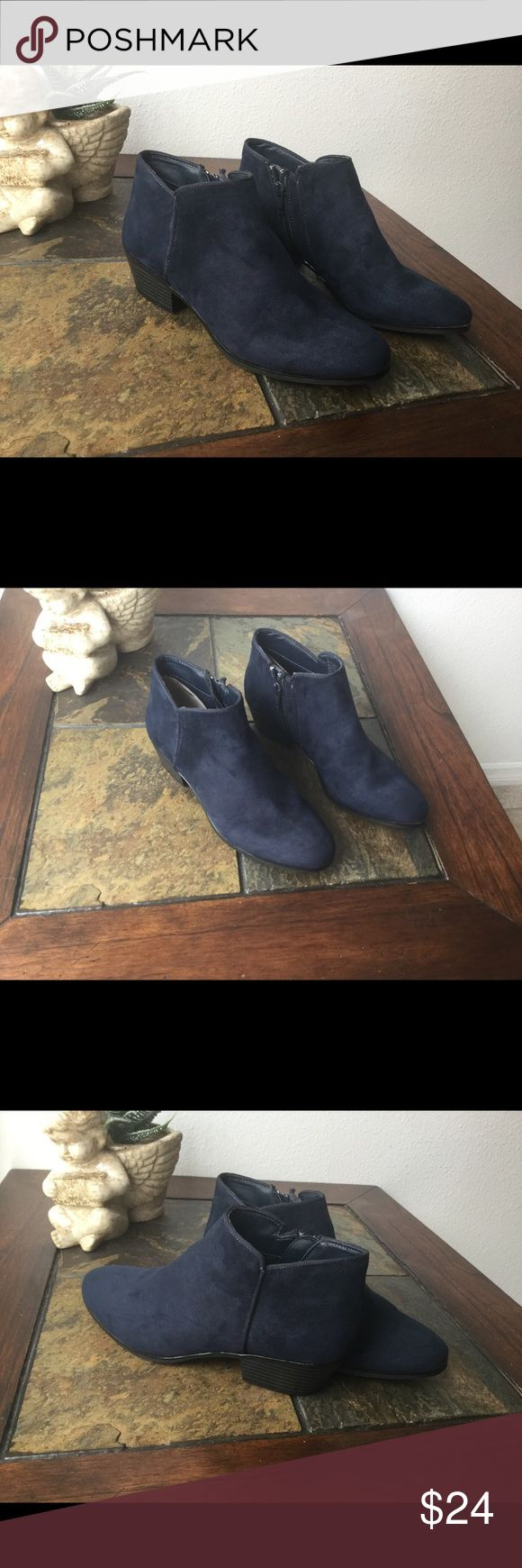 Ankle Boots Like New St John's Bay suede blue navy ankle boots in size 7 🔺Bundle 2+get 10% off🔺 St John's Bay Shoes Ankle Boots & Booties