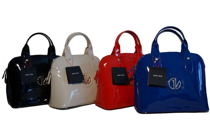 Modello bugatti e finitura lucida per la borsa più stilosa. In vendita da OMGstylesEU su Amazon: http://www.amazon.it/s/ref=sr_nr_p_4_3?me=AMVJO3UPU429R&fst=as%3Aoff&rh=p_4%3AGuido+Vietri&ie=UTF8&qid=1434890458