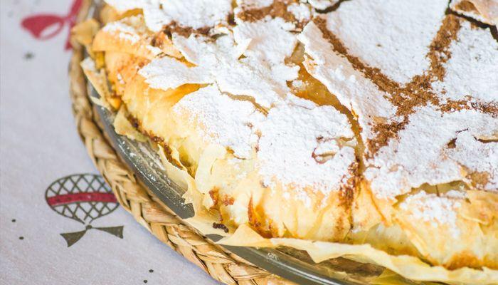 La pastela de pollo, o pastilla de pollo es una de las recetas con más éxito entre los visitantes y curiosos de la gastronomía marroquí.