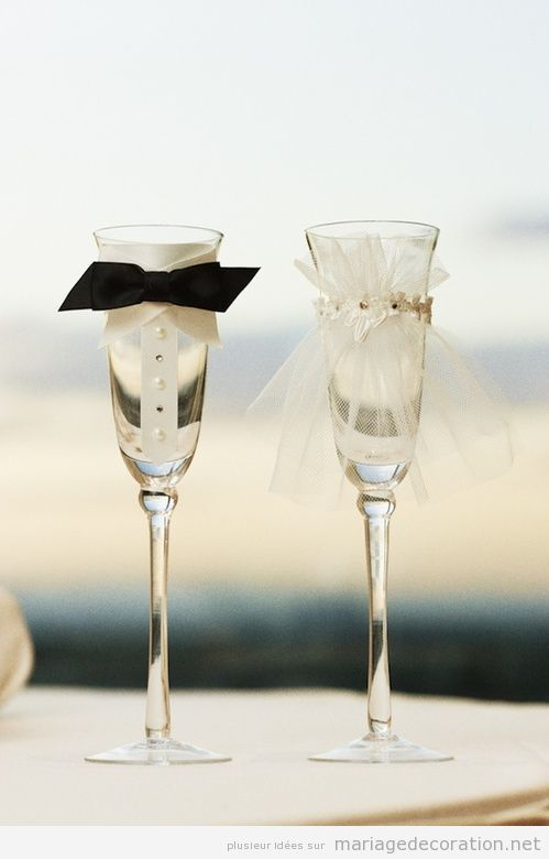 Coupe de champagne décorée pour les mariés