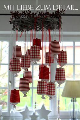 Eine Adventskalender-Idee aus Pappbechern und Krepp-Papier - gefunden auf lebenslust-lebenslust.blogspot.com