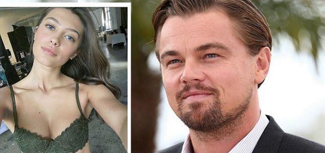 Nueva novia de Leo 22 años menor que él