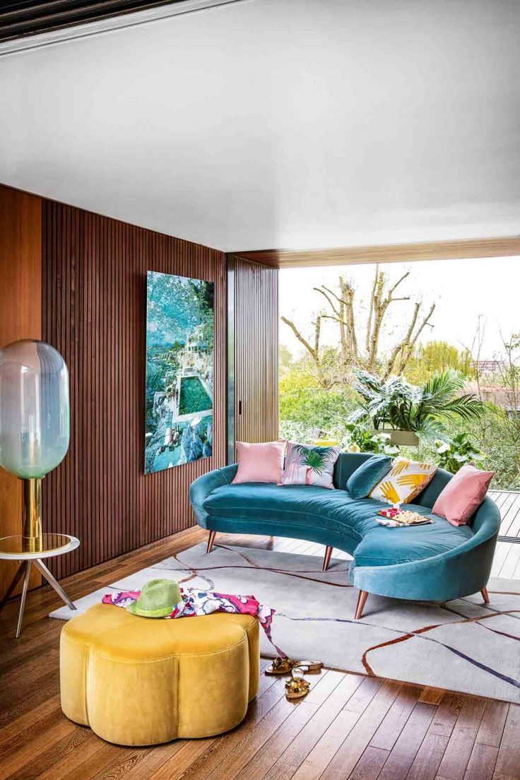 Maximalism The Big Design Trend For 2018 Check Out These Maximalist Interiors Home Interior Design Trending Decor Maximalist Interior