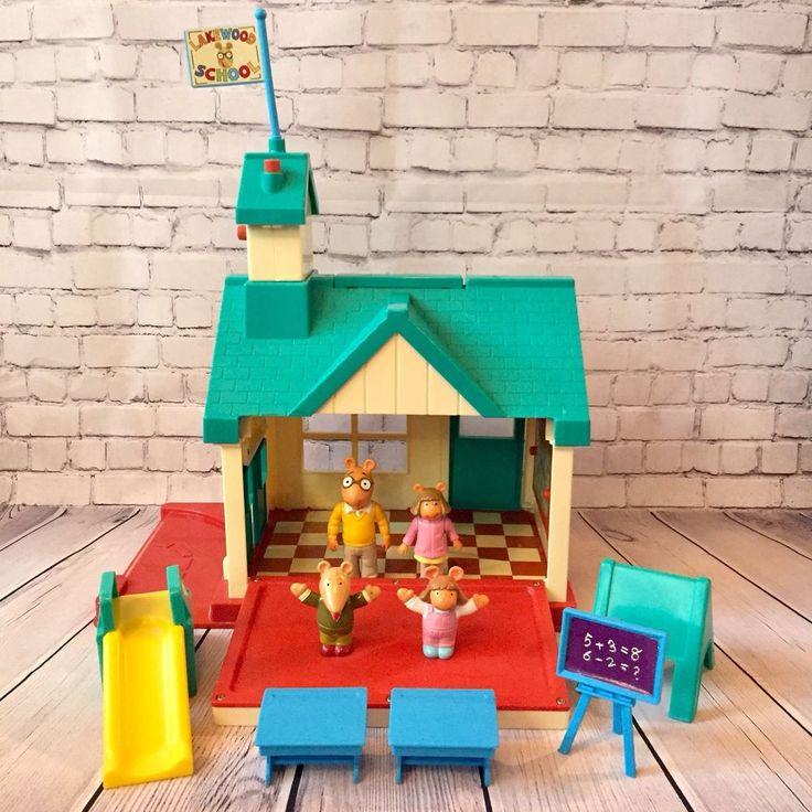Vintage Arthur Francine Lakewood School House 1997 Play Set Accessories PBS Kids  | eBay