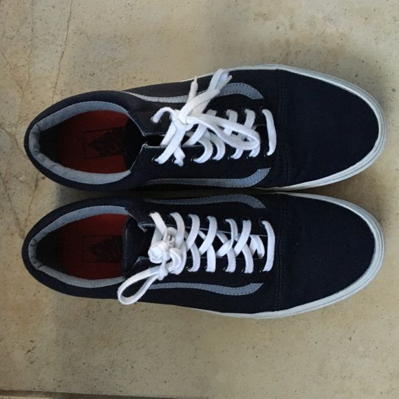 Vans Old Skool (Navy) Like new pair of Vans. Vans Shoes Sneakers