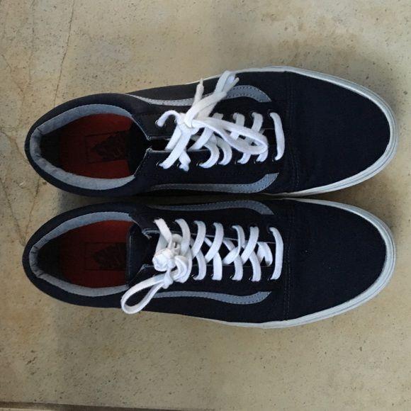 Vans Old Skool (Navy) Like new pair of Vans. Vans Shoes Sneakers