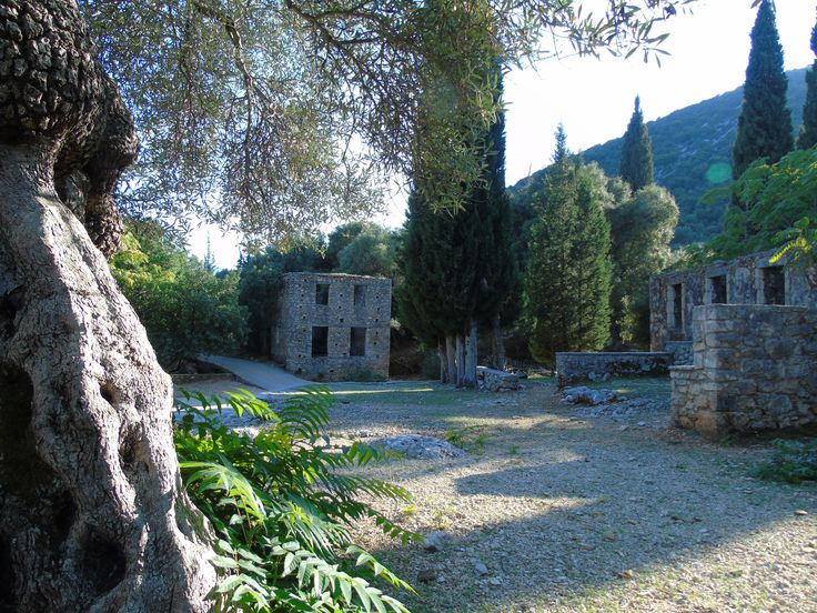 If you are searching for a rustic venues we have plenty of choices in Kefalonia island!