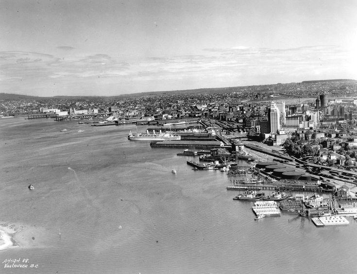 Old Aerial Photo of Vancouver AV-06