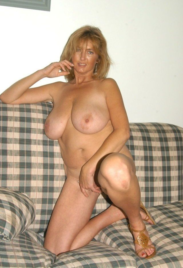 mature en collant escort montlu
