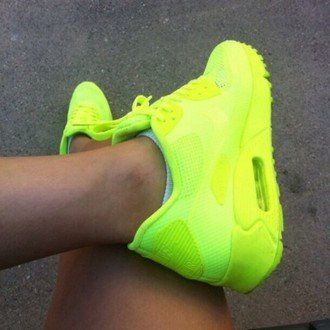 #woman #lookoftheday #girlystyle #nikerunningshoes #girly #trendy #mylook #neon #fashionaddict #instalook #yellow #ladies #fashiondiaries #green #shoes #style #women #airmax #airmax #dressy #neonyellow #instamode #instalooks #outfitiftheday #ootd #airmax #instaglam #outfit #nike http://goo.gl/5m7bTp