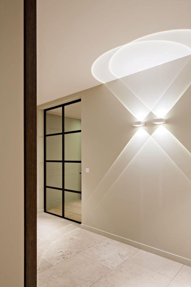 Delta 3 Light Bathroom Vanity Light