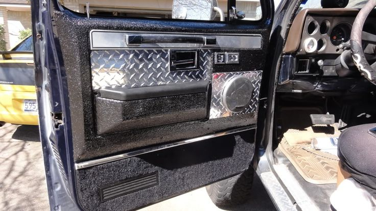 Door panels square bodies chevy 4x4 truck interior - Chevy truck interior accessories ...