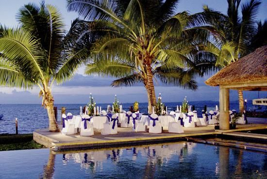 Sheraton Fiji Resort is a luxurious resort located on the main island of Fiji in the stunning South Pacific. Sheraton Fiji Resort offers some of the most exceptional wedding venues in the world.