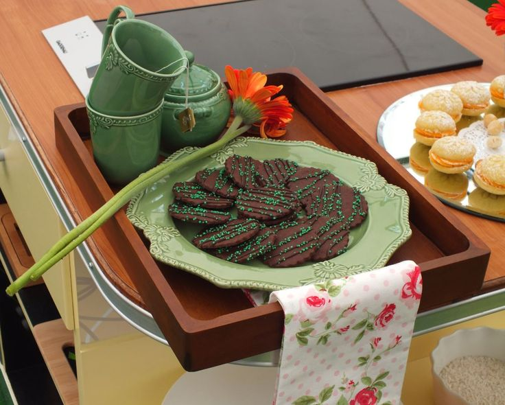 I'd love to take tea with Maria's Mint Marshmallow Swirl Biscuits.