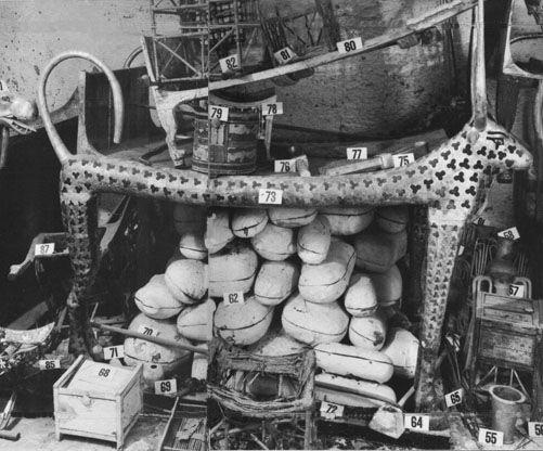 Corredo funebre di Tutankhamon - antico Egitto (1336 - 1327 a.C.) Valle dei re. Ritrovato da Howard Carter nel 1922