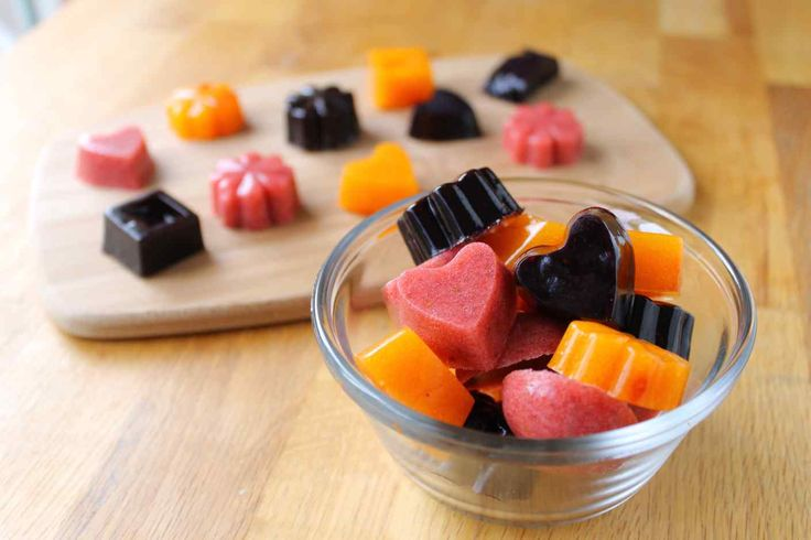 homemade chewy fruit snacks recipe :: story of a kitchen | story of a kitchen