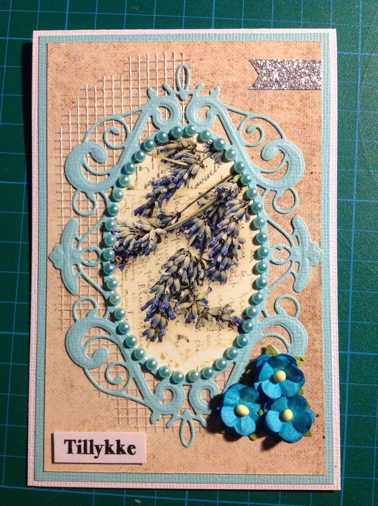 Memory Box Palace Oval Frame. Dixi Craft Toppers. Fødselsdagskort.